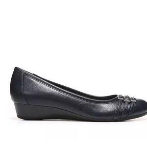 b81ceae406e3 Life Stride Shoes - Life Stride Farrow Black Patent Wedge 10 M
